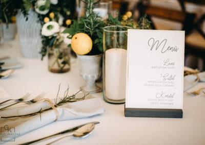 festett-esküvői-meghívó-gittagrafika-7